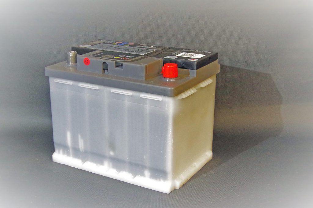 Baterias de coche, cómo cambiarlas paso a paso